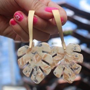 New Cream leaf leaves dangling acrylic earrings